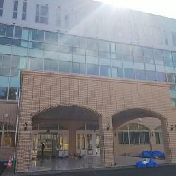 【納入事例】■プロジェクト名/仙台市専門学校 ■シリーズ名/パリトーンPSシリーズ ホワイト、ベージュ■用途/内壁材