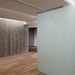 【納入事例】■プロジェクト名/SHINKA(シンカ) ■シリーズ名/パリトーンPLクリスタルホワイト、アクア■用途/内壁材、パーテーション材